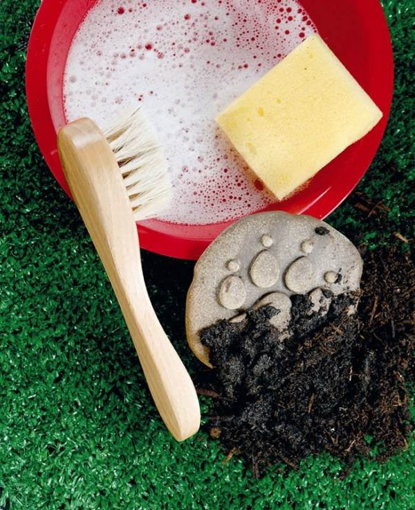 Let's Investigate - Farmyard Footprints