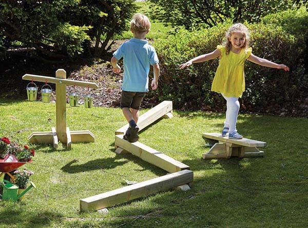 Outdoor Balance Scales